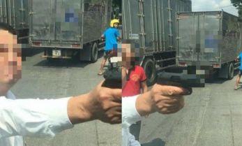 Người đàn ông dùng súng đe dọa tài xế xe tải ở Bắc Ninh bị mời lên công an