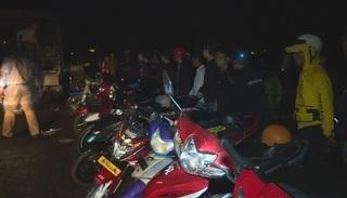 Bắt giữ gần 300 thanh thiếu niên, học sinh tụ tập đua xe trái phép