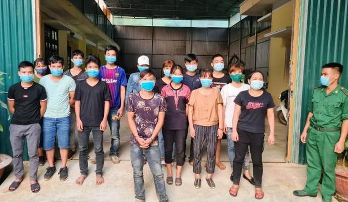 Cao Bằng bắt thanh niên tổ chức cho hơn chục người vượt biên trái phép