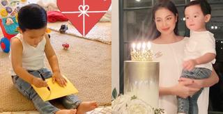 Phạm Hương khoe con trai hơn 1 tuổi viết thiệp tặng mẹ, nhìn thành quả ai cũng bật cười