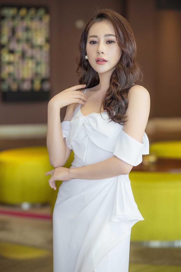Phương Oanh xác nhận chia tay bạn trai sau chưa đầy nửa năm công khai