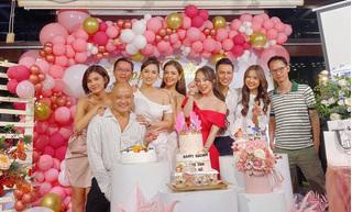 Quỳnh Nga tình tứ bên Việt Anh trong tiệc sinh nhật tuổi 32