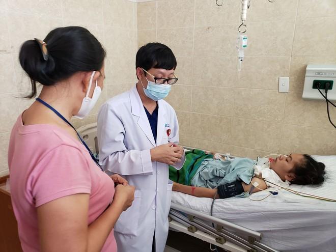 Thêm một bệnh nhân chuyển đến Bệnh viện Đồng Nai điều trị do ngộ độc pate Minh Chay