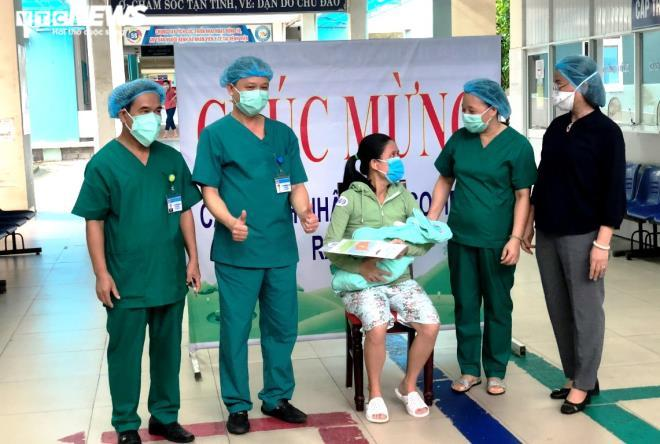 Sản phụ ở Đà Nẵng tái dương tính Covid-19 sau 14 ngày xuất viện