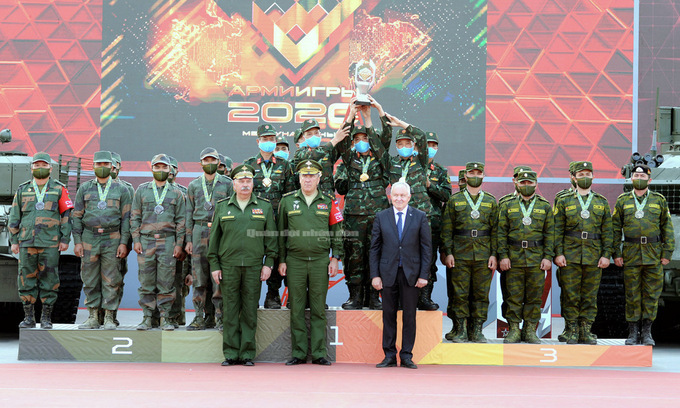 Cách ly 14 trường hợp F0 thuộc đoàn quân đội dự Army Games tại Nga về nước
