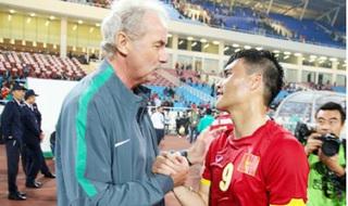 Công Vinh: 'Những gì HLV Alfred Riedl làm được cho bóng đá Việt Nam sẽ sống mãi'