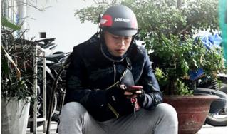 Chạy xe ôm kiếm sống, cựu tuyển thủ U19 Việt Nam chỉ mong kiếm 200 ngàn mỗi ngày