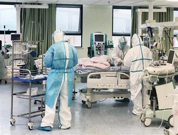 4 bệnh nhân Covid-19 tiên lượng nặng và nguy kịch