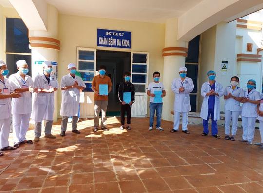Các bệnh nhân Covid-19 cuối cùng ở Quảng Ngãi được công bố khỏi bệnh