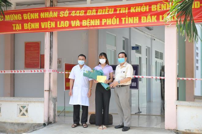 Bệnh nhân Covid-19 cuối cùng ở Đắk Lắk khỏi bệnh, xin cách ly tập trung thêm 14 ngày