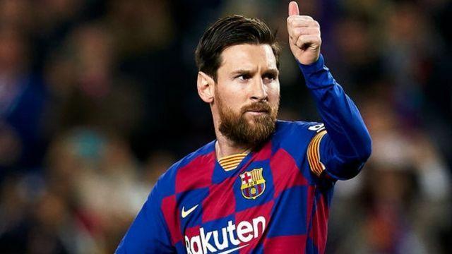 HLV Koeman bất ngờ thay đổi thái độ với Messi