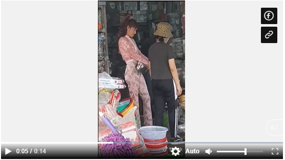 Rộ clip Nhã Phương đi chợ nhưng lên đồ bó sát khoe đường cong nóng bỏng