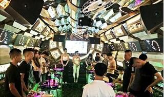 Kiểm tra quán karaoke Thiên Đường, phát hiện 13 nam nữ đang 'phê' ma túy