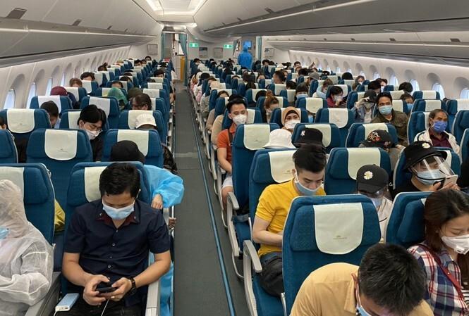 Chính thức bỏ quy định giãn cách ghế với phương tiện chở khách
