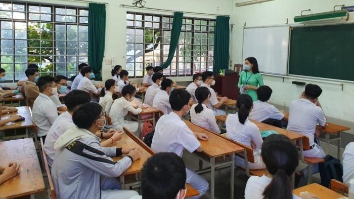 Đà Nẵng triển khai phòng, chống dịch Covid-19 nghiêm ngặt trong ngày học sinh trở lại trường. 2