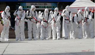 Thế giới lại ghi nhận số ca nhiễm Covid-19 mới trong ngày cao kỷ lục