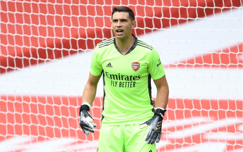 Thủ môn của Arsenal gia nhập Aston Villa