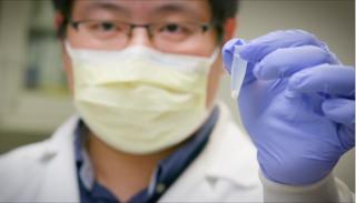 Tìm ra kháng thể có khả năng 'vô hiệu hóa' hoàn toàn virus gây Covid-19