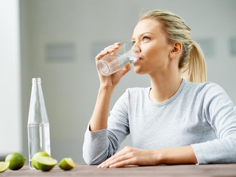 Uống nước vào 4 khung giờ này mỗi ngày để sở hữu làn da khỏe đẹp, rạng rỡ