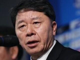 HLV Chung Hae Seong lên tiếng bảo vệ Bùi Tiến Dũng