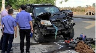 Tin tức tai nạn giao thông ngày 17/9: Va chạm với ô tô 7 chỗ, cặp vợ chồng tử vong tại chỗ