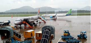 3 sân bay phải đóng cửa, hàng hoạt chuyến bay bị hoãn do bão số 5