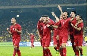 Tuyển Việt Nam bỏ xa Thái Lan trên bảng xếp hạng FIFA