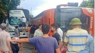 Tin tức tai nạn giao thông ngày 18/9: Xe khách tông trúng người qua đường trên QL1A