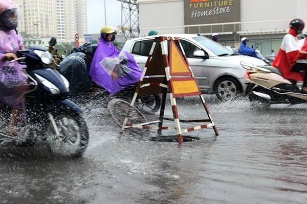 Miền Bắc mưa to và dông, đề phòng thời tiết nguy hiểm