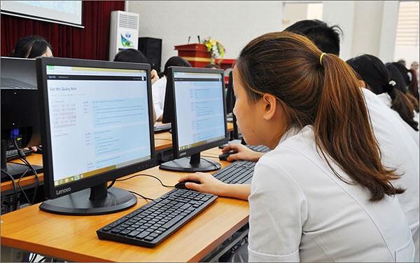Thí sinh cả nước bắt đầu được điều chỉnh nguyện vọng đăng ký xét tuyển. 1