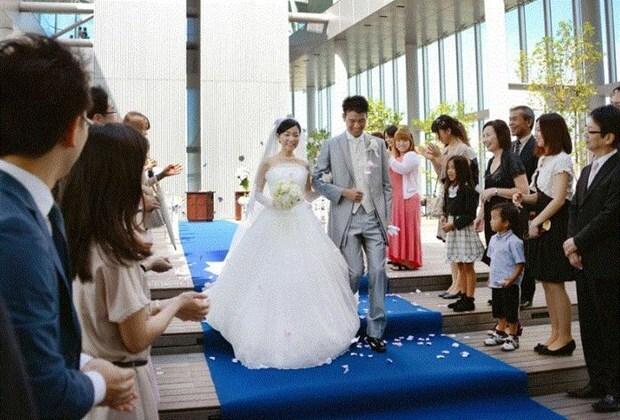 Để khuyến khích kết hôn Nhật tăng trợ cấp lên tới gần 6.000 USD