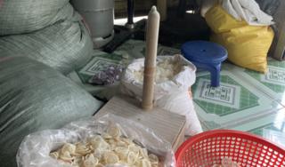 Tin tức trong ngày 22/9: Thu giữ 324.000 bao cao su đã qua sử dụng được tái chế