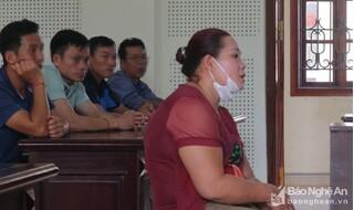 Nghệ An: Cô gái tật nguyền lừa chạy việc chiếm đoạt hàng tỷ đồng
