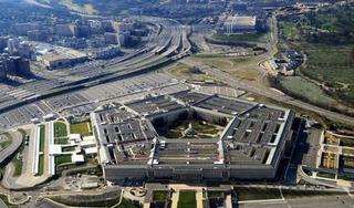 Báo Mỹ tố Lầu Năm Góc lấy tiền hỗ trợ Covid-19 chi cho quân sự