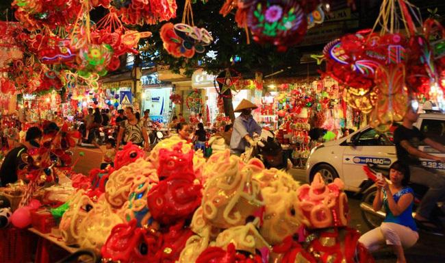 Hà Nội cấm 5 tuyến phố để chuẩn bị cho lễ hội Trung thu