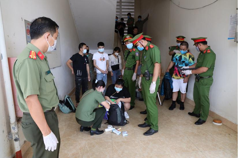 Trục xuất 40 người Trung Quốc nhập cảnh trái phép vào Việt Nam