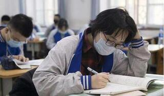 Một trường ở Trung Quốc buộc nữ sinh phải cắt tóc ngắn gây tranh cãi