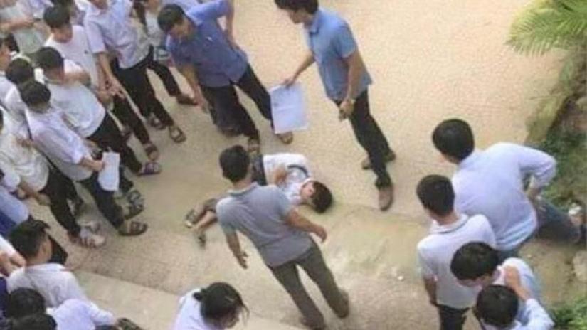 Tin tức trong ngày 26/9: Một học lớp 8 gãy tay khi rơi từ tầng 3 xuống sân trường.1