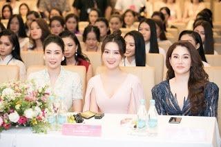 Cố vấn thẩm mỹ Xuân Hương sát cánh cùng các thí sinh Hoa hậu Việt Nam