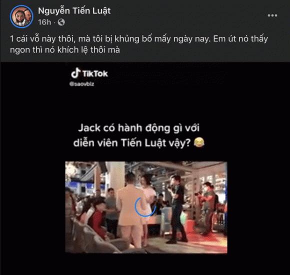 Jack vỗ mông Tiến Luật giữa chốn đông người khiến nhiều người ngỡ ngàng