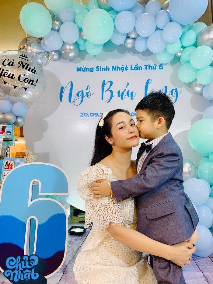 Chồng cũ gỡ hết ảnh Nhật Kim Anh chụp cùng con trai trong tiệc sinh nhật?