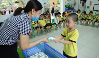 Nhà trường thực hiện '5k' và tăng cường dinh dưỡng cho học sinh trong mùa dịch