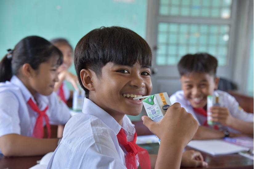 Quỹ sữa Vươn Cao Việt Nam và Vinamilk chung tay chăm sóc trẻ em khó khăn tỉnh Phú Yên