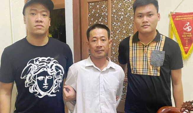 Bắt kẻ truy sát gia đình vợ cũ làm 3 người thương vong