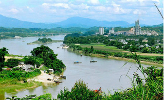 Tuyên Quang: Bé trai 7 tuổi chết đuối trên sông Lô