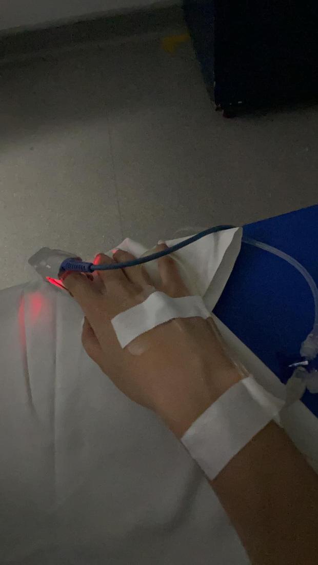 Mai Phương Thuý đăng ảnh nhập viện cấp cứu lúc sáng sớm