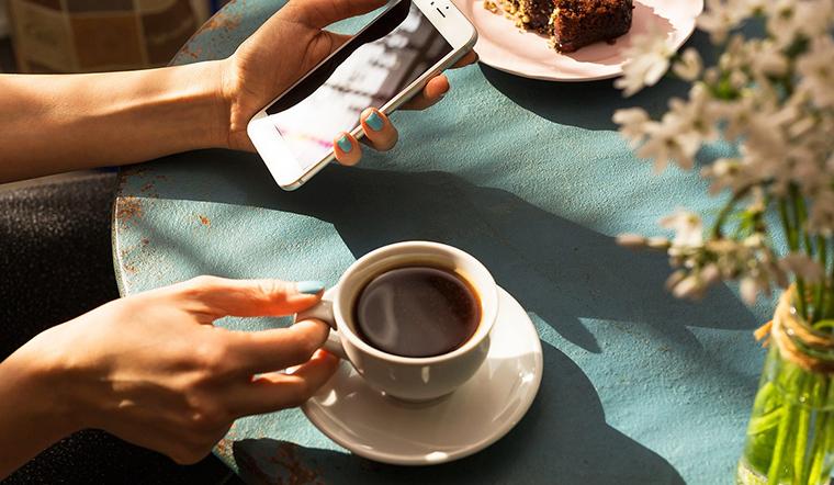 Bỏ ngay thói quen uống cà phê khi chưa ăn sáng nếu không muốn rước bệnh vào người