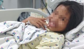 Buồn vì thấy cha mẹ thương em hơn, bé gái 11 tuổi uống thuốc ngủ tự tử