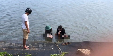 Phát hiện thi thể nam sinh nổi trên sông Trường Giang