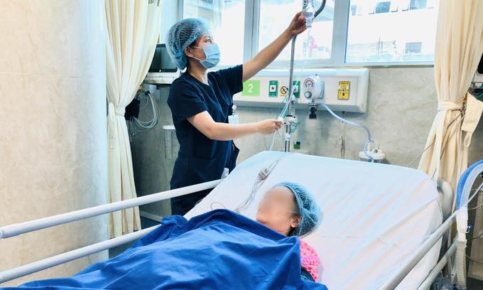 Kích hoạt báo động đỏ cứu hai mẹ con thai phụ nguy kịch do tai nạn giao thông